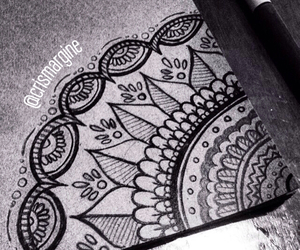 blackandwhite, draws, and mandalas image
