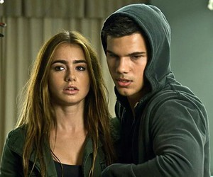 lily collins, Taylor Lautner, and abduction image