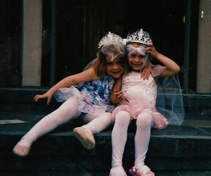 blonde, girls, and princess image