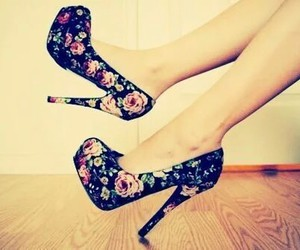 zapatos chic image