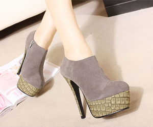 cute shoes, Fashion girls, and fashion shoes image