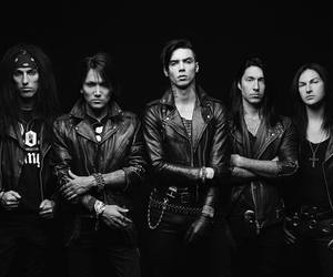 black and white, rock, and jinxx image