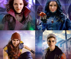 evie, jay, and descendants image