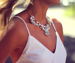 accesories, girl, and necklace image