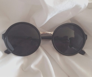 grunge, black, and glasses image