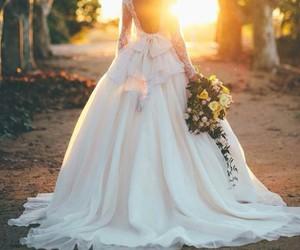 weddingdresses image