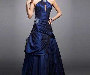 blau, frau, and kleid image