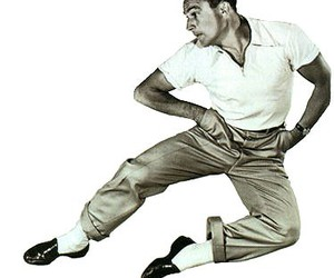 dancing and Gene Kelly image
