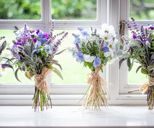bouquets and flowers image