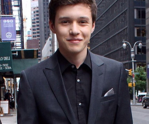 nick robinson, cute, and jurassic world image