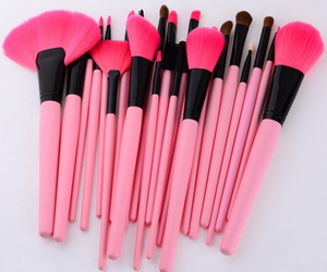 pink, makeup, and Brushes image