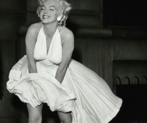 Marilyn Monroe, finn, and black and white image