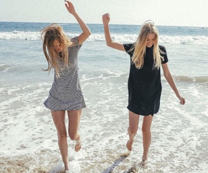 friends, summer, and fashion image