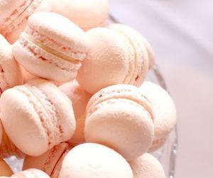 sweet and macaron image