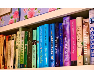 book shelf, books, and delirium image