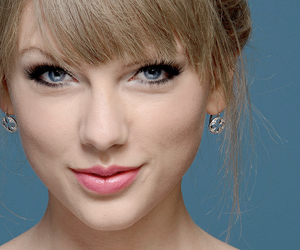 Taylor Swift, beautiful, and blue image