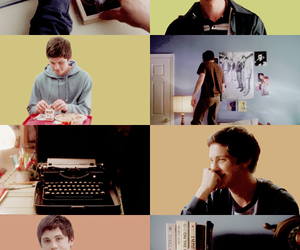 book, shy, and perks of being a wallflower image