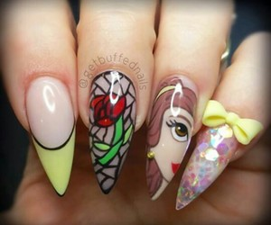 nails and belle image