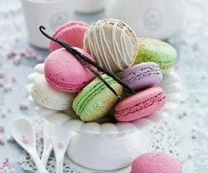 food, sweet, and macaroons image