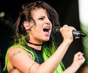 fashion, green hair, and warped tour 2015 image
