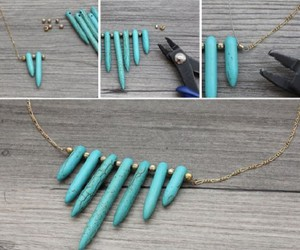necklace, diy, and gold image