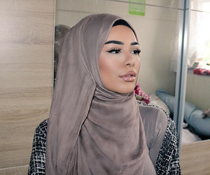 arabic, makeup, and babyqall image