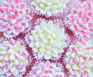 cupcakes, dessert, and sweet image