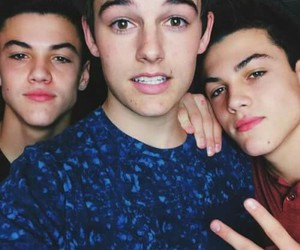 vine, kenny holland, and ethan dolan image