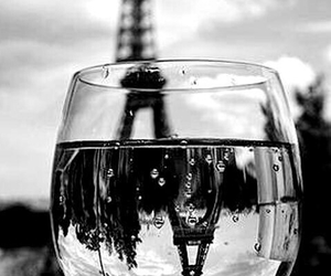 paris and water image