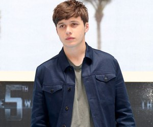 nick robinson and the 5th wave image