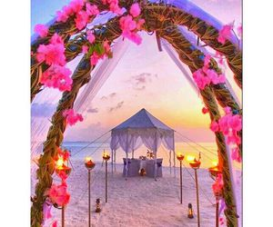 beach, wedding, and flowers image