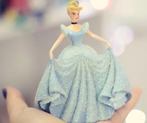 cinderela, disney, and princesas image