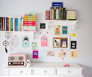 books and decoration image