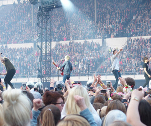 band, liam payne, and niall horan image
