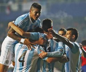 argentina, rojo, and messi image
