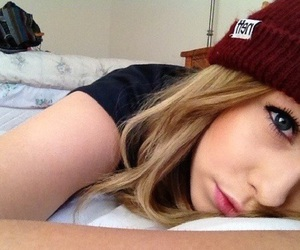 blonde, fetus, and acacia clark image