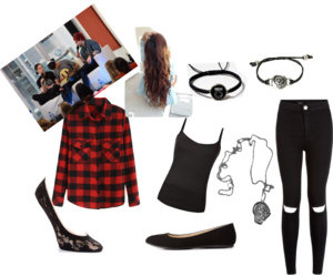 outfit, interveiw, and 5sos image