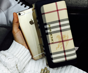 accessories, Burberry, and gold image