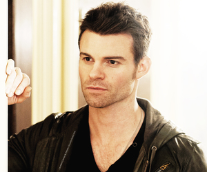 daniel gillies and elijah mikaelson image