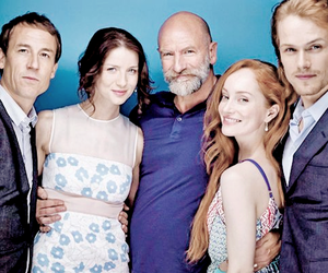cast, tobias menzies, and lotte verbeek image