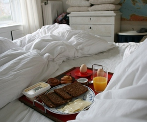 bed and breakfast image