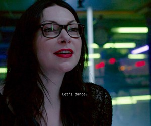 dance, laura prepon, and orange is the new black image