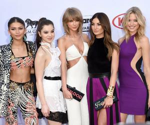 Taylor Swift, zendaya, and martha hunt image