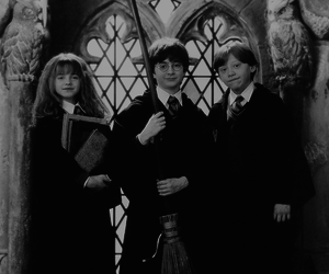harry potter, hermione, and hogwarts image