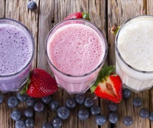 purple, smoothie, and white image