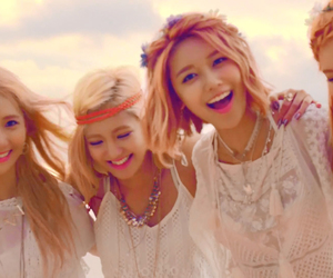 girls generation, seohyun, and sooyoung image