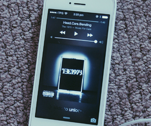 grunge, the 1975, and music image