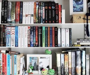 blue, books, and tumblr image