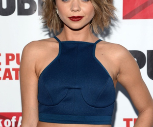 red lips and sarah hyland image