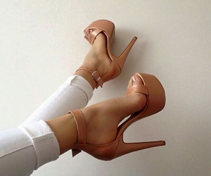 girly, glamour, and shoes image